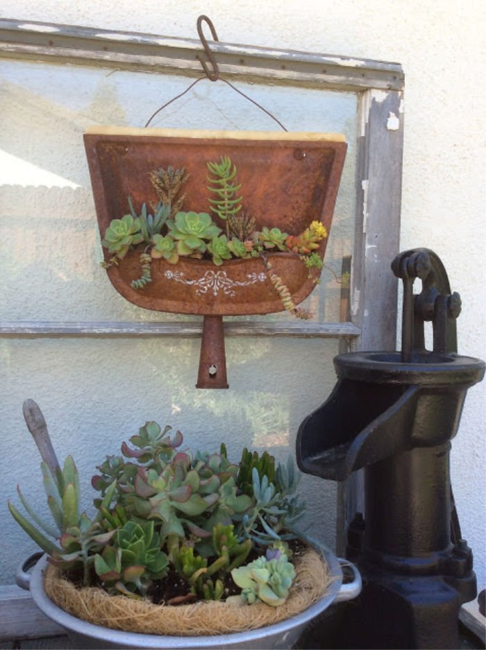 Garden with vintage items