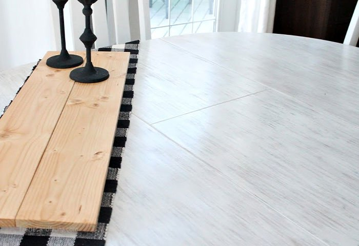 How to makeover a table in farmhouse style using white stain.
