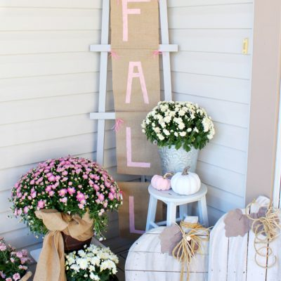 Pretty Fall Front Porch Decor Ideas with DIY Fall Banner and Ladder