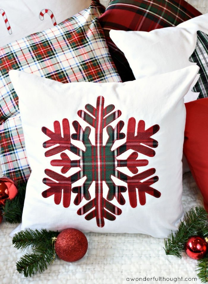 Traditional Christmas style DIY cushion in white with an appliqued plaid cushion.