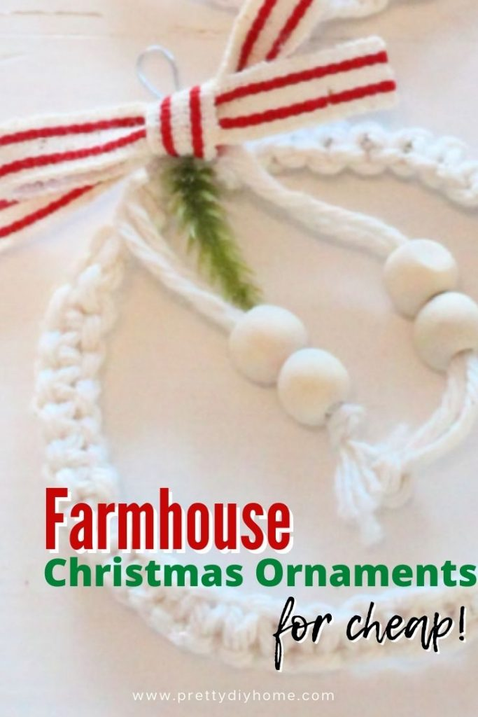 Macrame mini wreath ornament for the Christmas tree using white cord, grainsack ribbon and wooden beads.