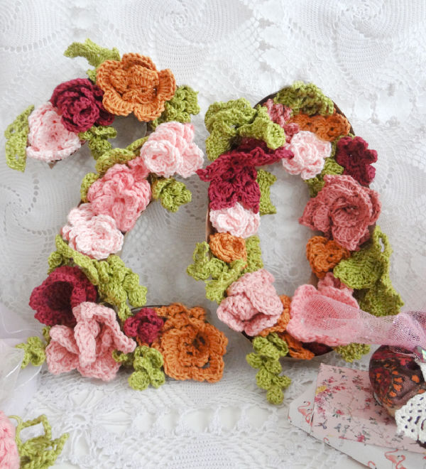 Crocheted Flower Numbers for Home Decor