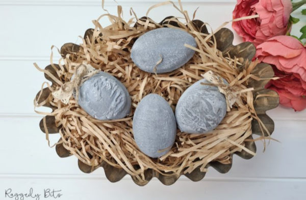 DIY faux concrete Easter egg craft