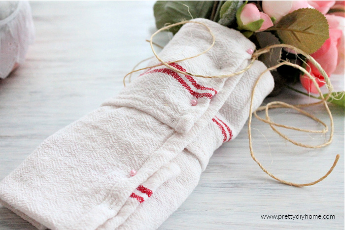 Making a Valentine flower bundle using IKEA flowers and a pretty farmhouse tea towel.