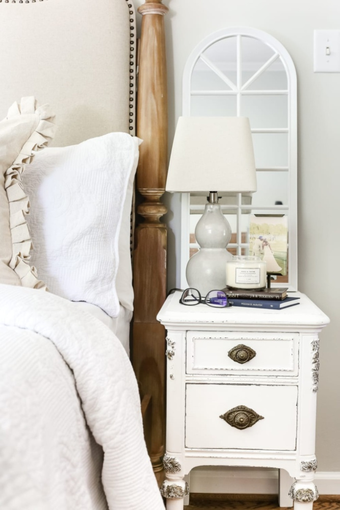 White and gilded DIY furniture makeover with veneer.